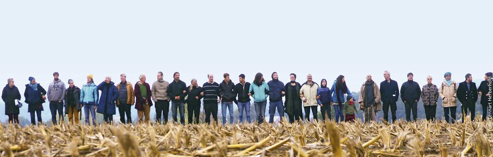 Menschen auf Feld