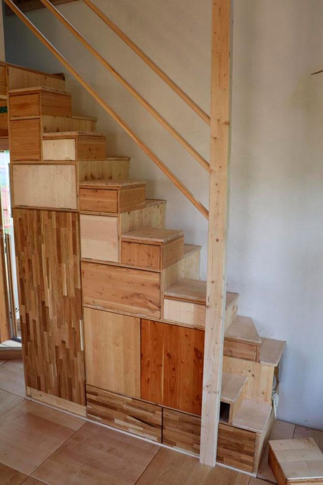 Treppen-Schrank Ownhome