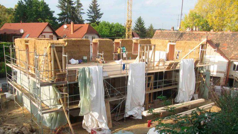 Baustelle Strohballenhaus